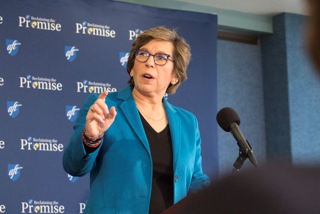 Weingarten at the National Press Club